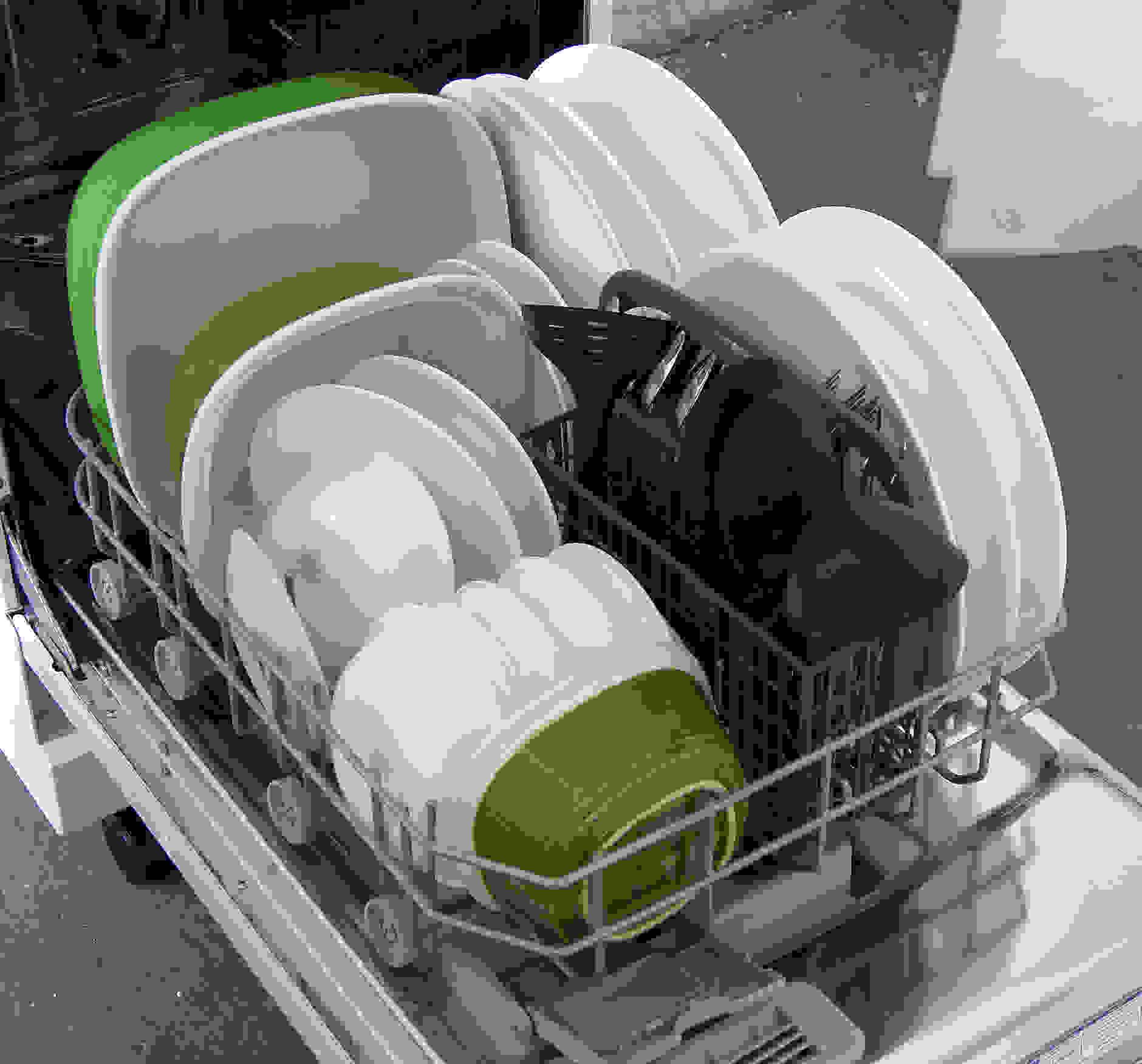 Kenmore 14652 bottom capacity