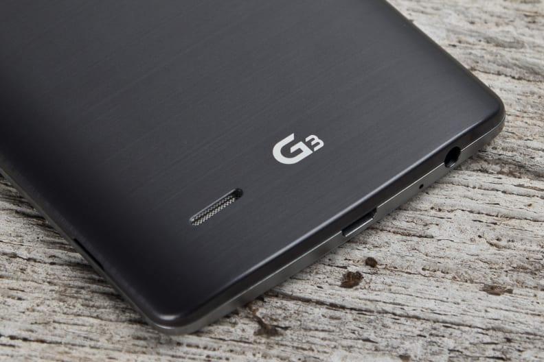 LG-G3-review-design-speakerlogo.jpg