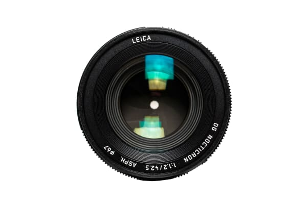 Front view of the Panasonic Lumix G Leica DG Nocticron 42.5mm f/1.2.