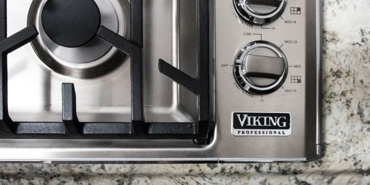 Viking Professional VGSU5366BSS 36 Inch Gas Cooktop Review