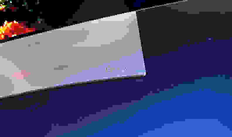 LG-65EG9600-OLED-Logo-Overhead