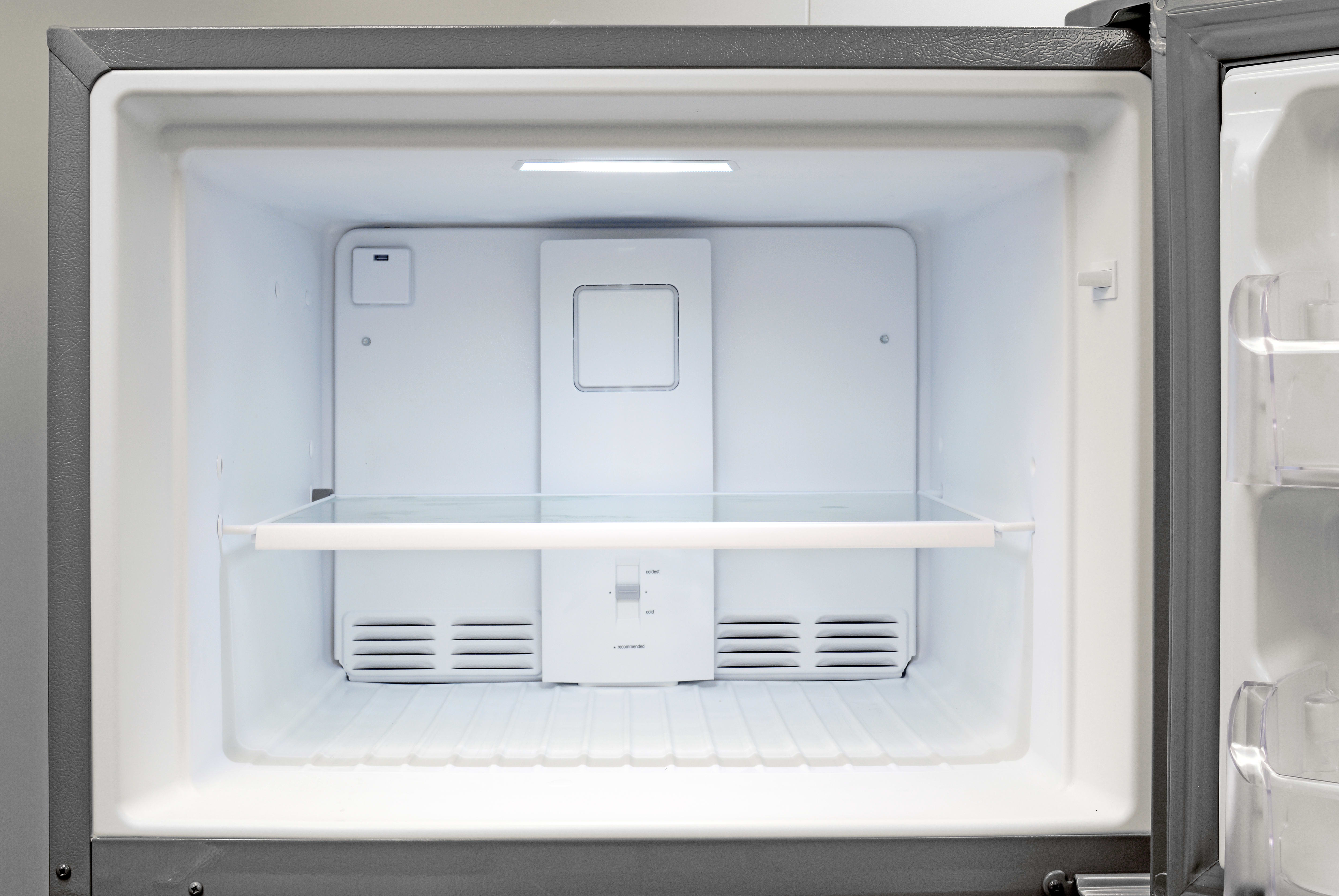 There's no icemaker in the Frigidaire Gallery FGHT2046QF, but at least the freezer gets its own light.