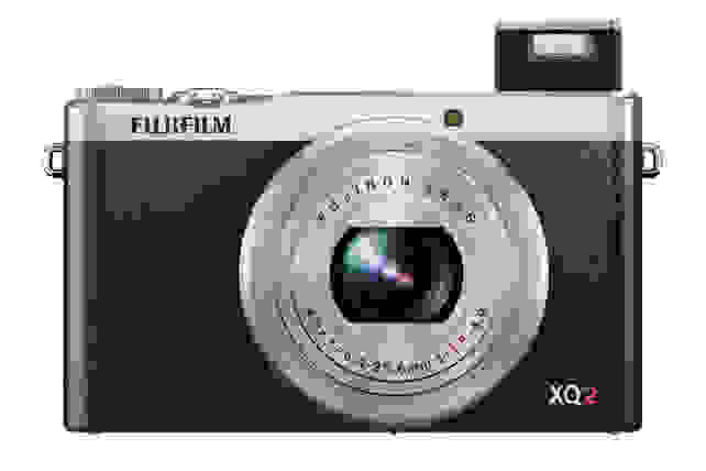 X-Q2_Silver_Front_Flash_Wide.jpg