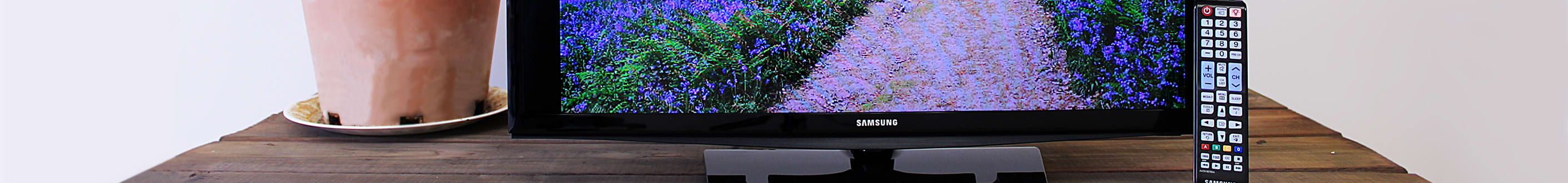 The Samsung UN28H4000 LED TV