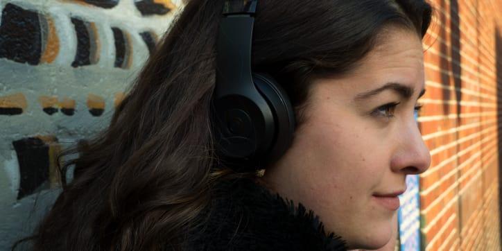 Beats solo 3 wireless on-ear headphones (black)