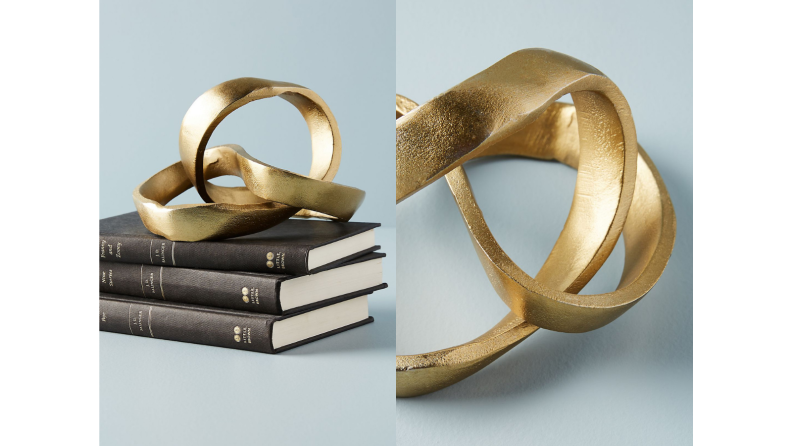 Best engagement gifts: Knotted decor