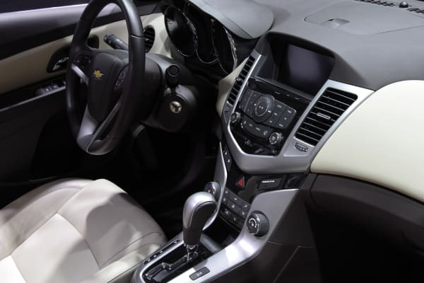 2015 Chevrolet Cruze interior