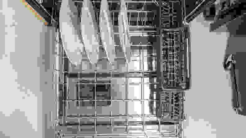 Whirlpool WDT750SAKZ Dishwasher Review — Lower Rack