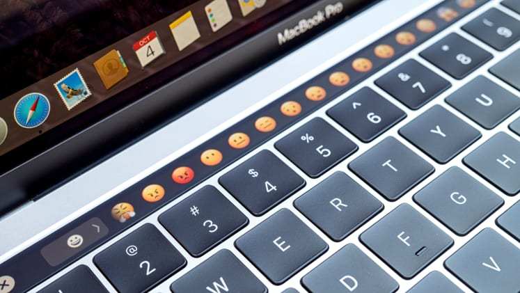How to make a phone call from mac laptop
