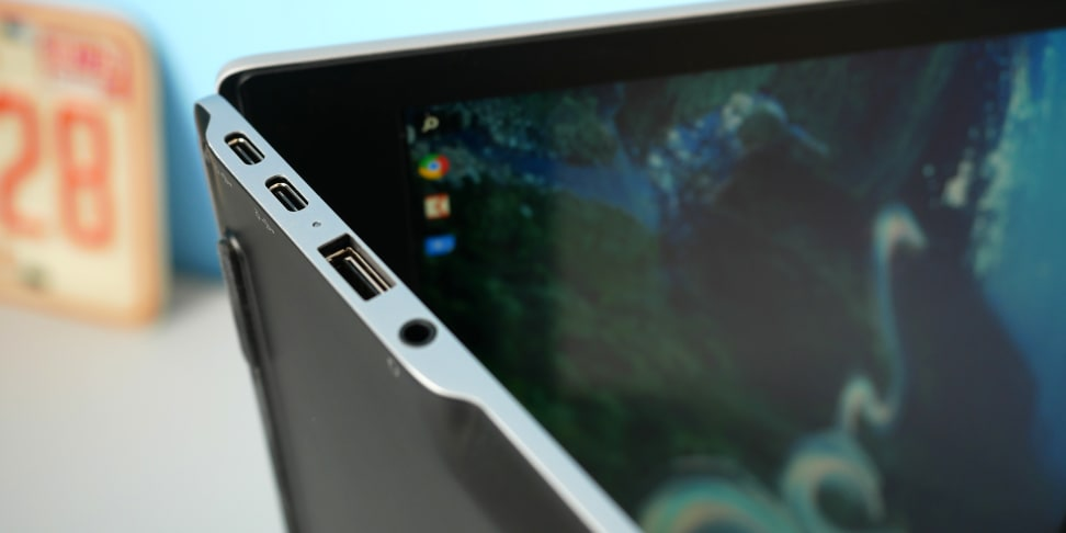 HP Chromebook 13 G1 Side Ports