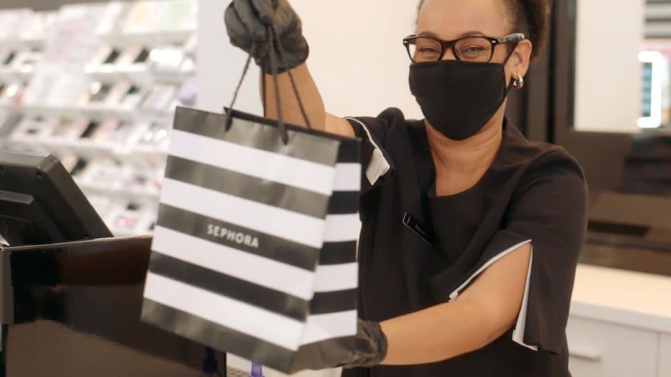 Cashier at Sephora