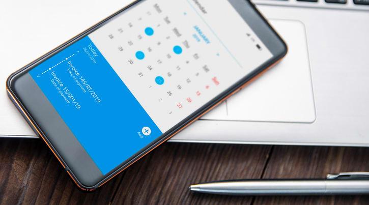 Smartphone with calendar