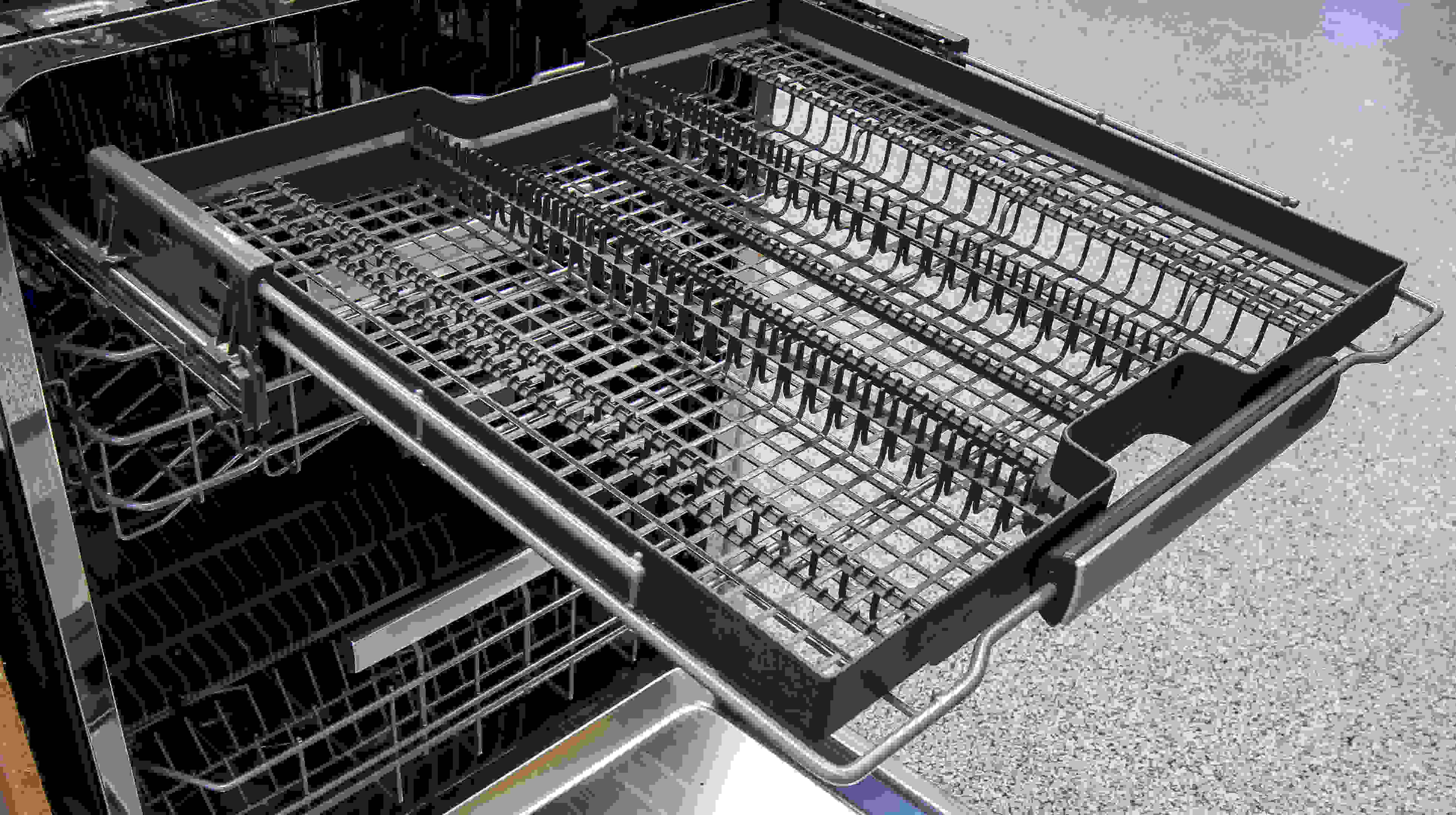 Electrolux EI24ID50QS third rack