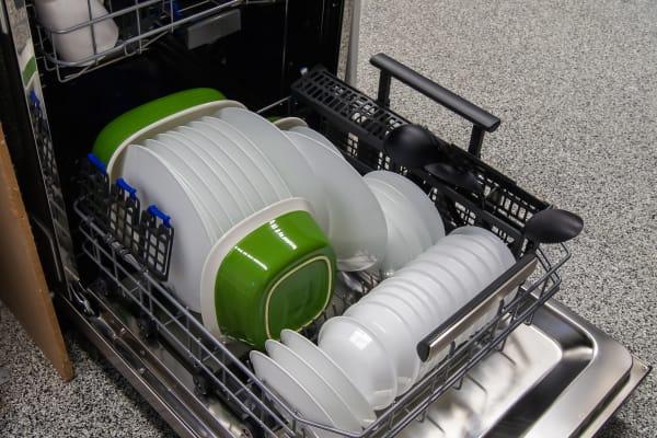 Electrolux EI24ID50QS bottom rack loaded