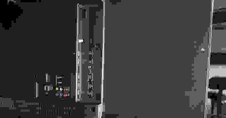Hisense-H9-ports