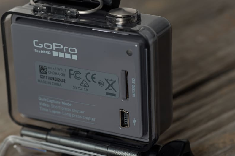 gopro-hero-2014-design-ports.jpg