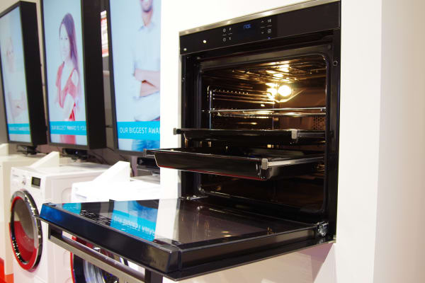 Users can cook up to three dishes at once with minimal odor transfer according to Beko.