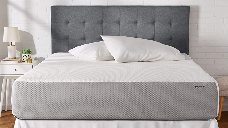 AmazonBasics Mattress