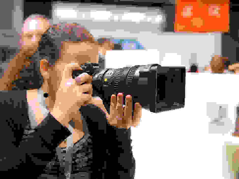 Sony FE PZ 28–135mm f4 G OSS – Handling