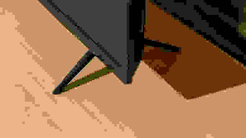 Vizio V Series (V556-G1) Stand Design