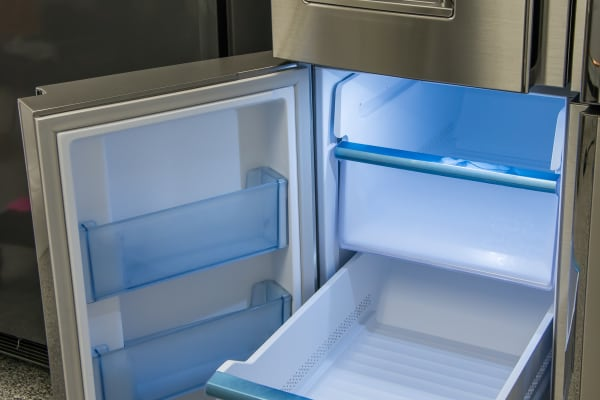 The freezer drawers themselves have smooth action, even when fully loaded.