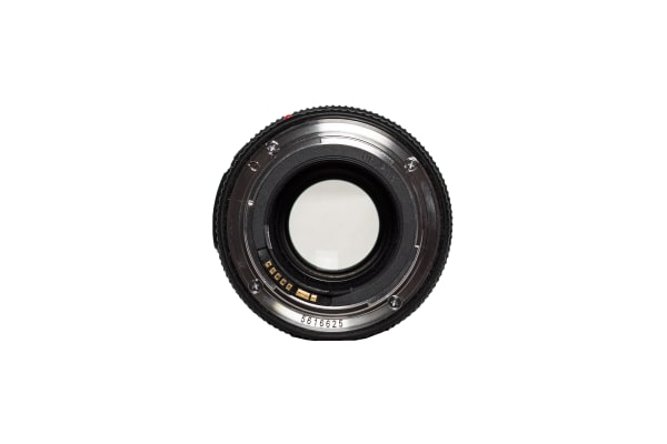 A rear view of the EF 100mm f/2.8L Macro IS USM.