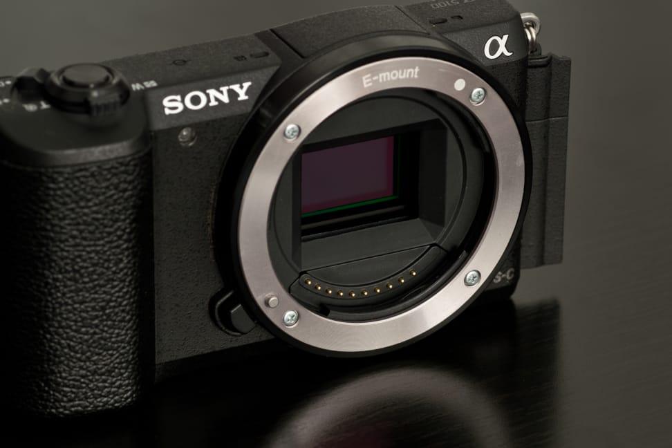 Sony-a5100-review-design-sensor.jpg