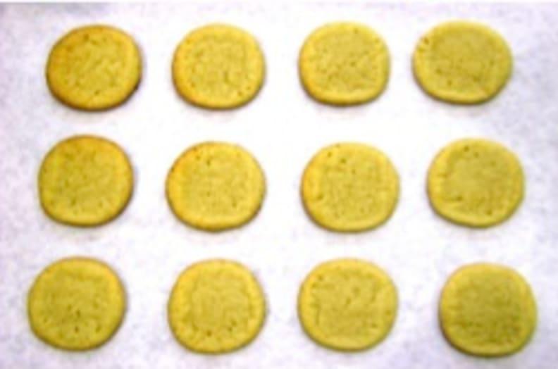 Upper oven cookie tops