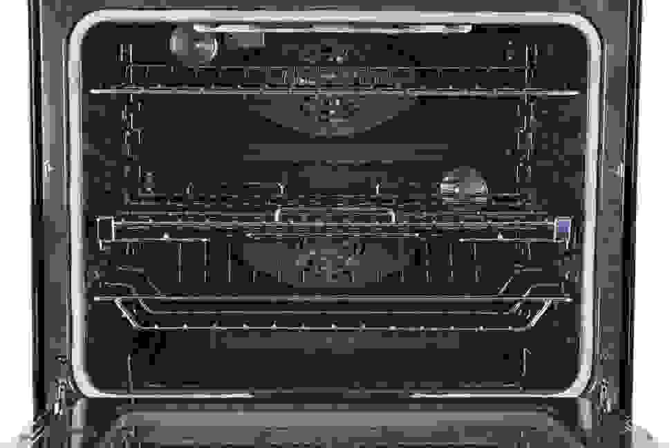 Samsung NE58F9710WS Oven Interior