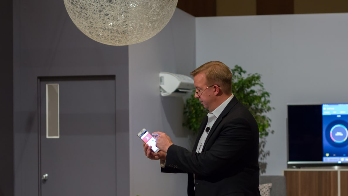 SmartThings CEO Alex Hawkinson controlling a mock SmartThings home from his smartphone