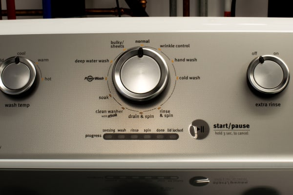 Simple dial controls help cut down on confusion.