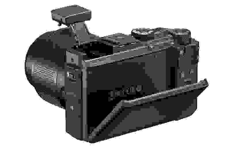 PowerShot G3 X LCD and Flash