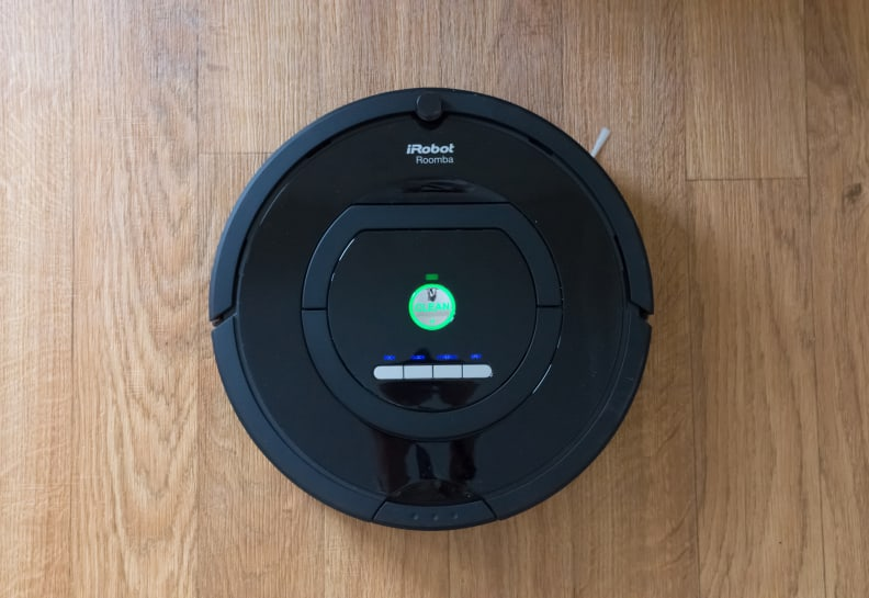 Definitely shares a family resemblance to other Roombas.