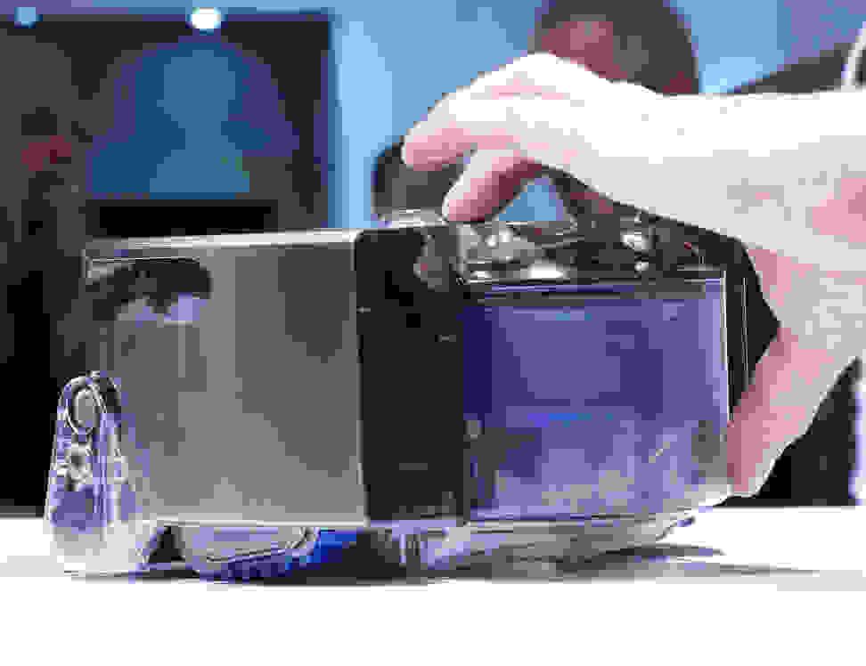 Dyson 360 Eye Robot Vaccum Hands On5.jpg