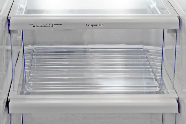 There's only one adjustable crisper in the Kenmore 51783.