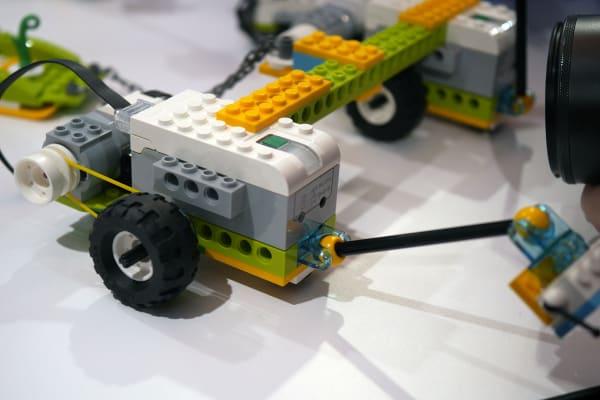 LEGO WeDo 2.0 hub brick