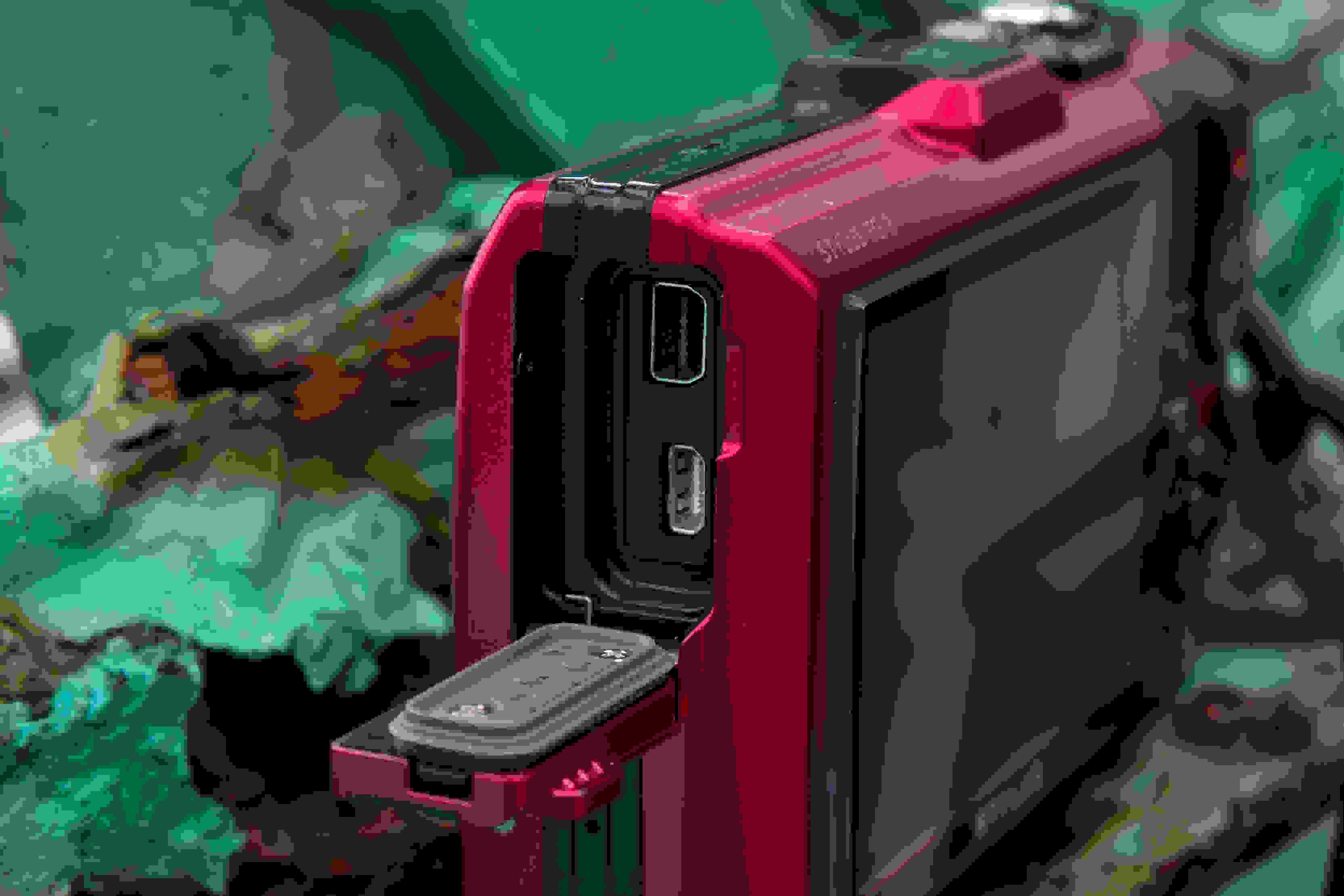 A picture of the Olympus TG-3's port door.