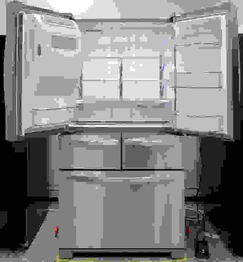 Whirlpool WRV986FDEM Interior