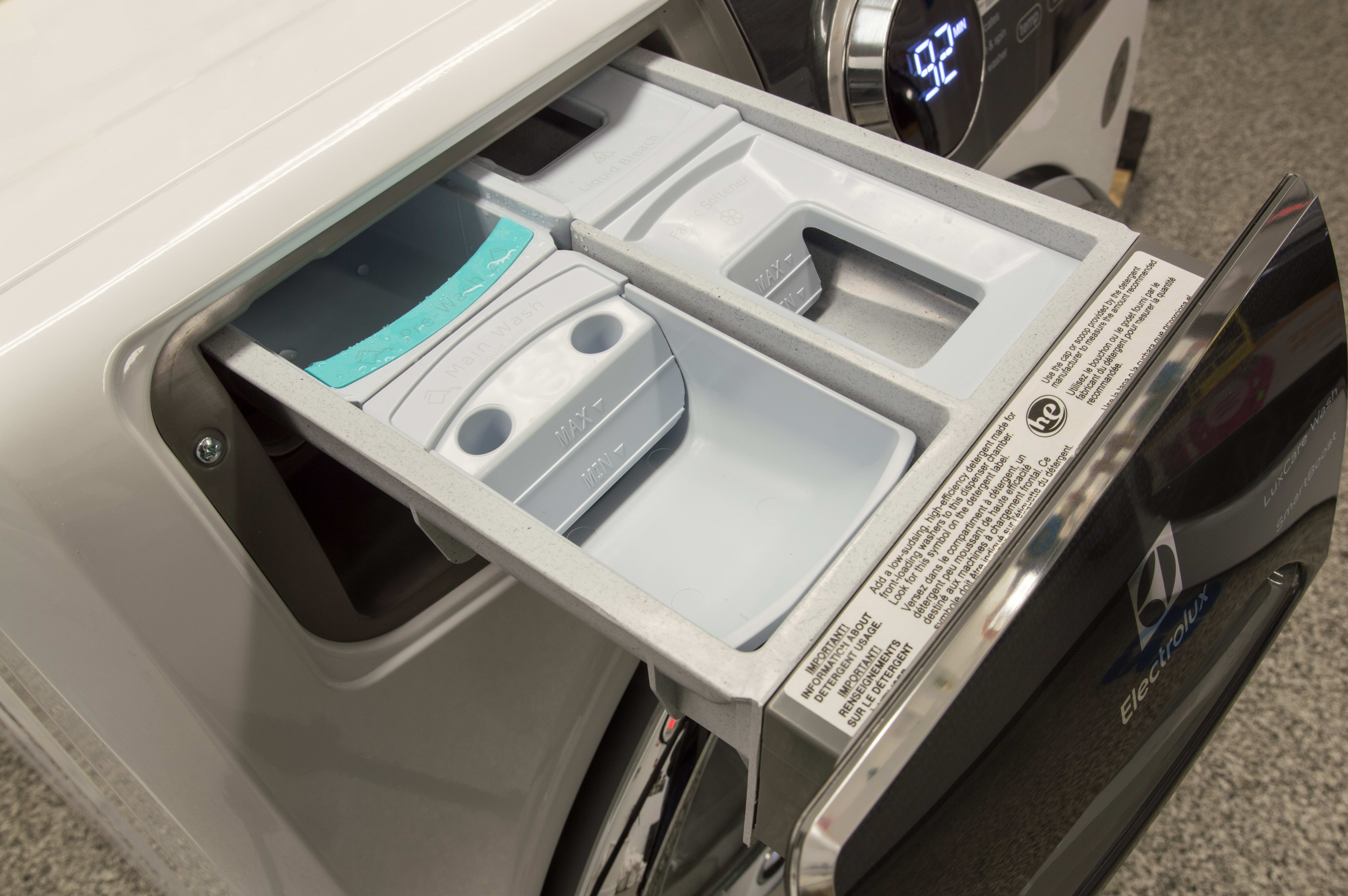 A standard dispensers that you'll find on other washers. Be sure to remove the tray if you want to use powdered detergent.