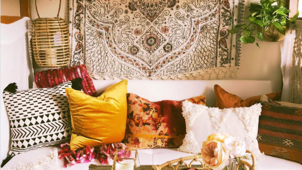 The 10 most insane college dorm decor on Instagram—and how to get the look for less