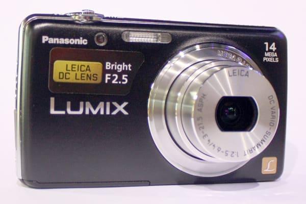 Product Image - Panasonic Lumix DMC-FH6