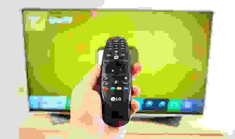 LG-65UF9500-Design-Remote.jpg