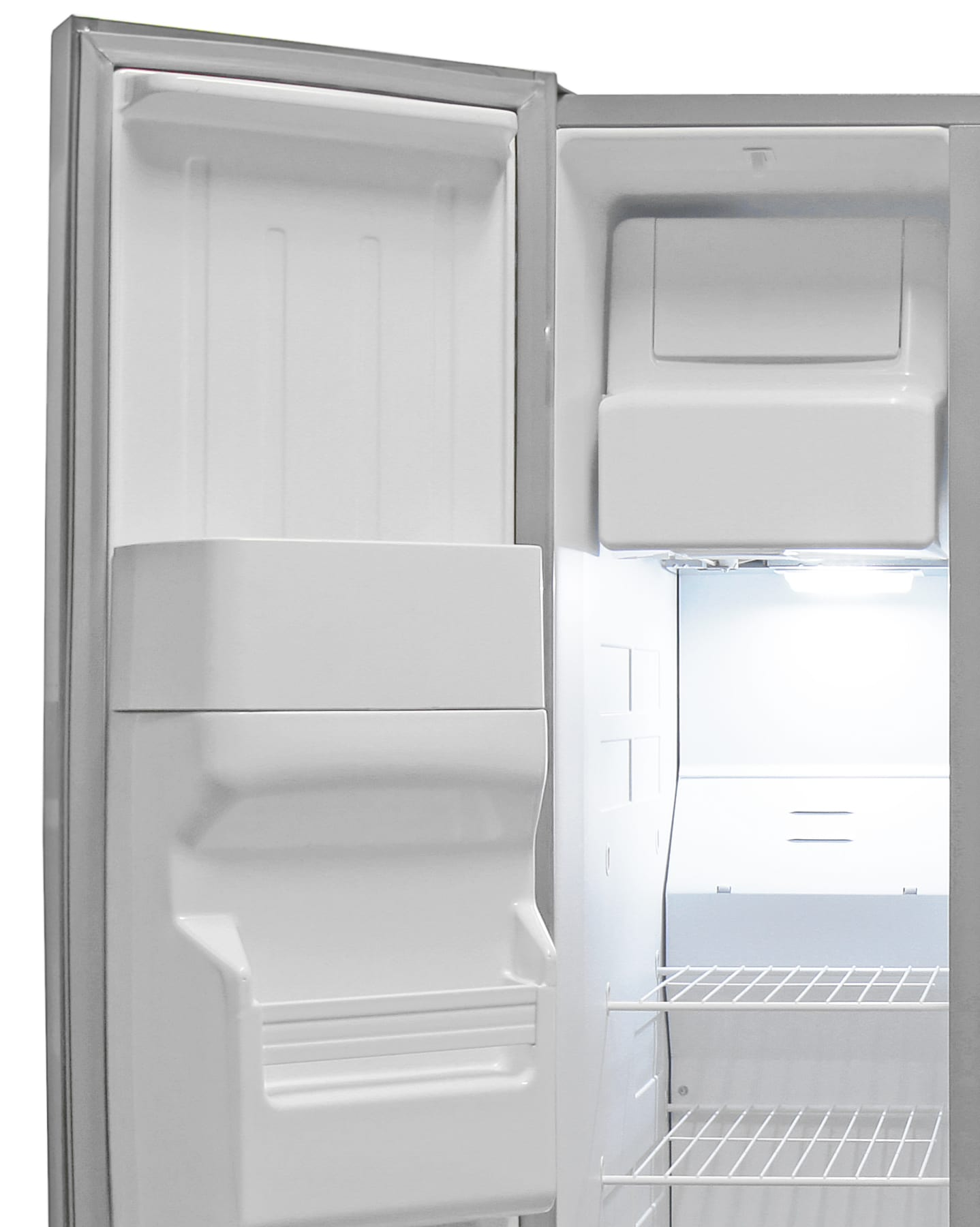 A lot of the Whirlpool WRS325FDAM's freezer space is taken up by the icemaker.