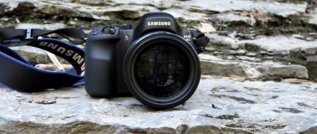 Samsung nx30-hero.jpg