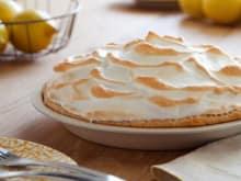 Alton-Brown-Lemon-Meringue-Pie.jpg