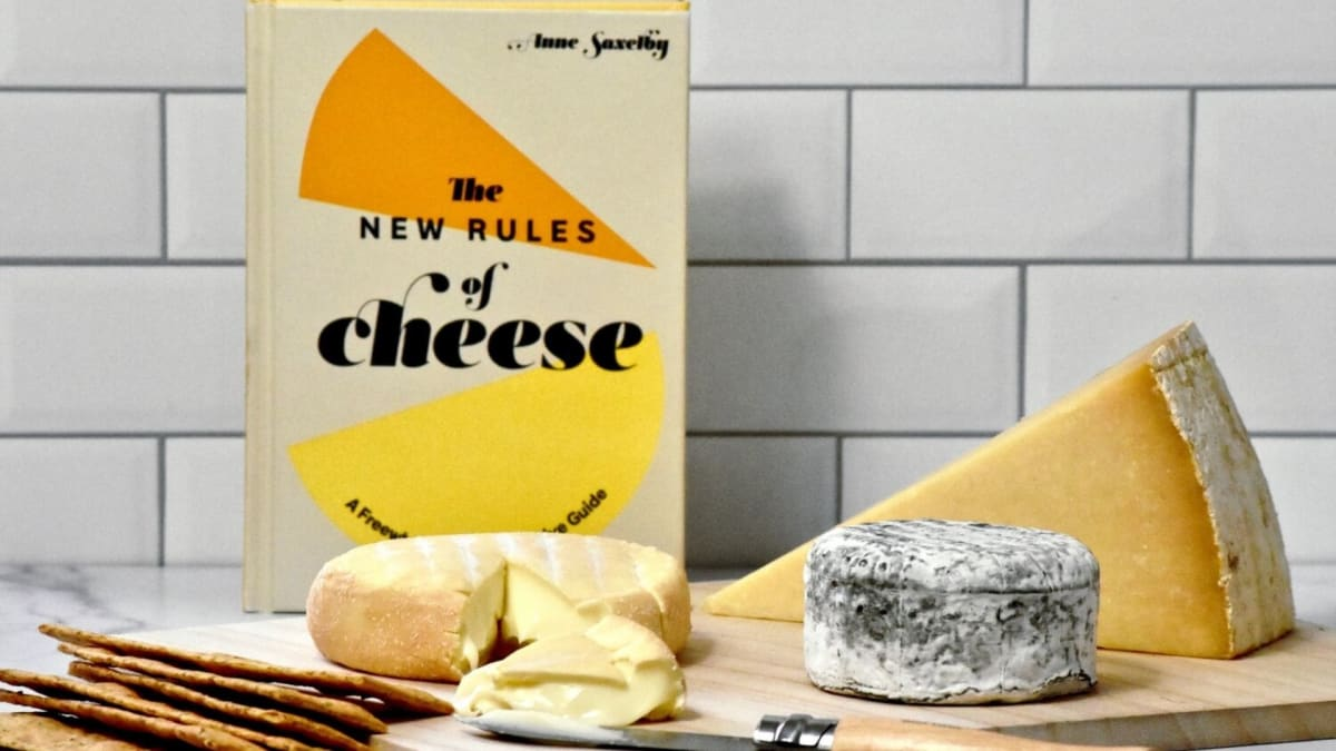This cheese subscription is the perfect gift for everyone on your list