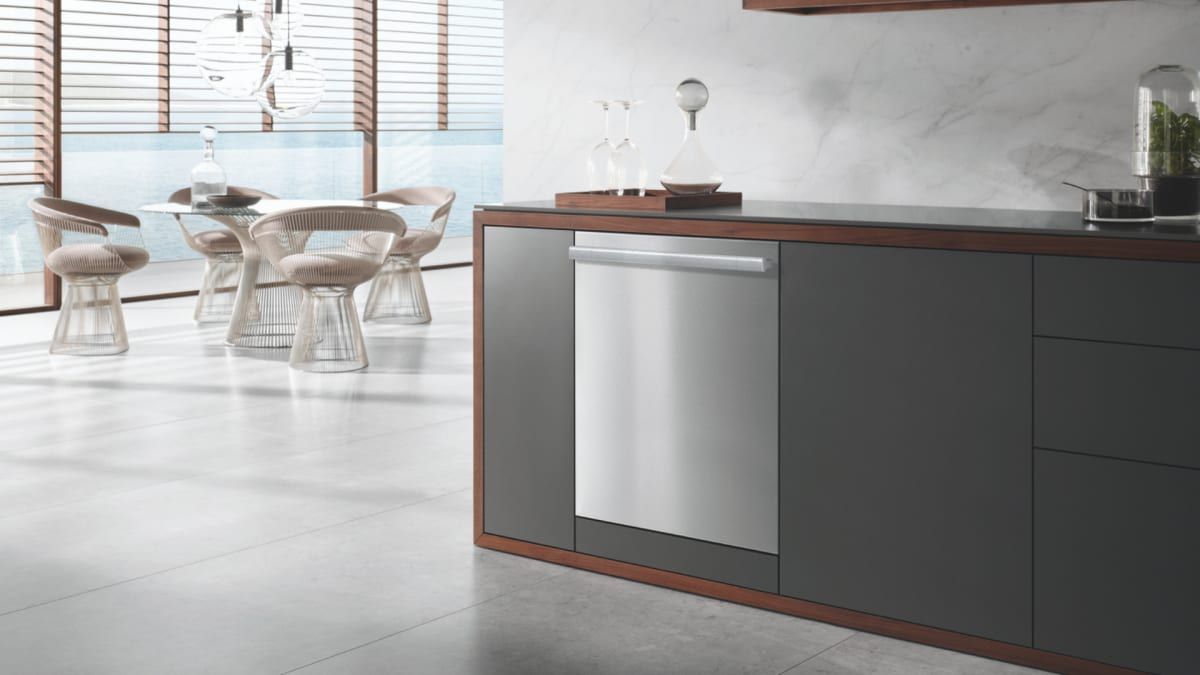This high-end dishwasher is worth every penny of its steep price