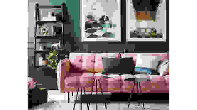 Dark-Green-and-Pink-living-room