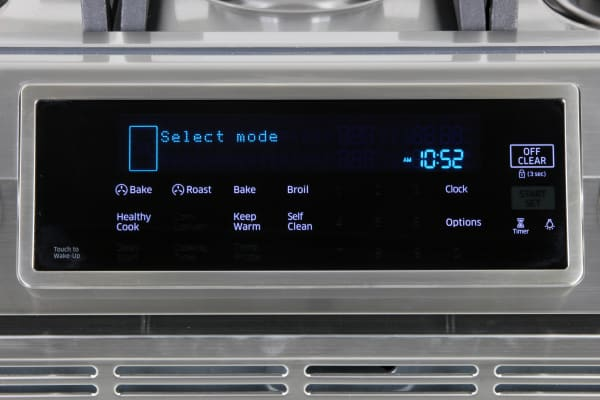The Samsung NX58H9950WS's digital oven controls
