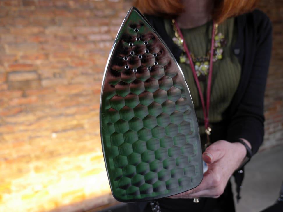 Honeycomb-plate-on-iron